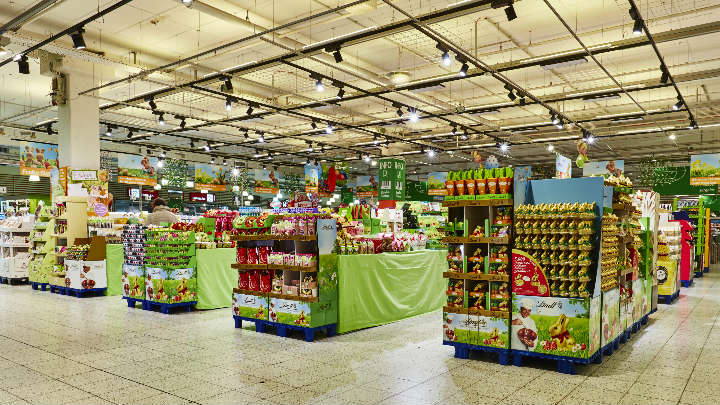 Smart supermarket lighting – Globus