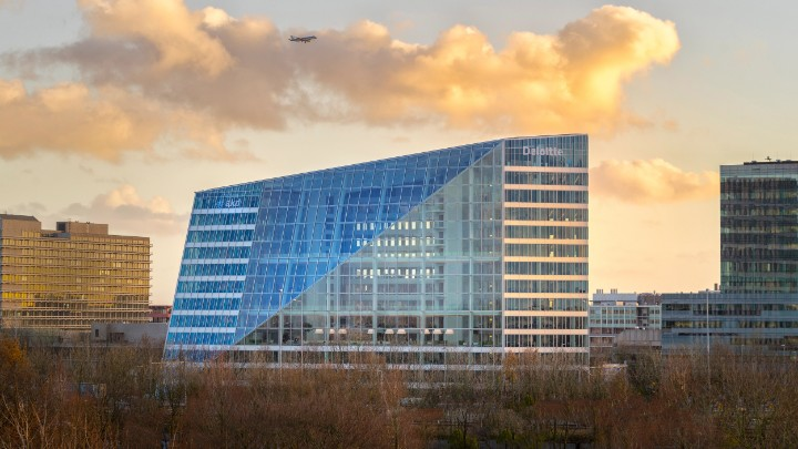 Video of Interact Office installation at office building The Edge in Amsterdam